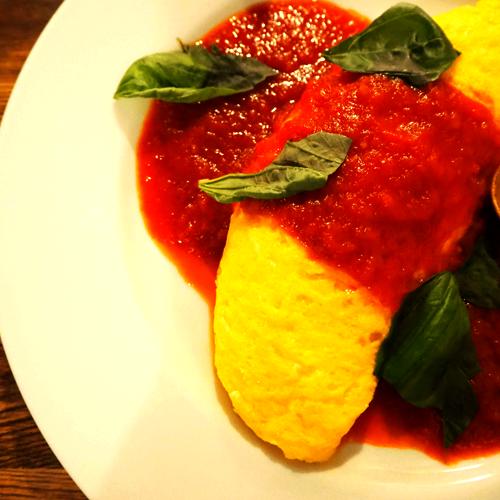 プレーンオムレツトマトソース